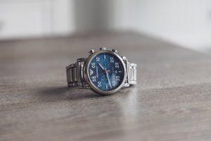 армани часовници